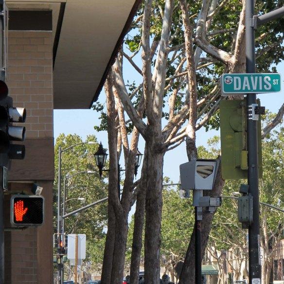Red light camera on Davis Street